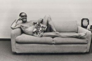 Stan Lee Centerfold (585 x 390)