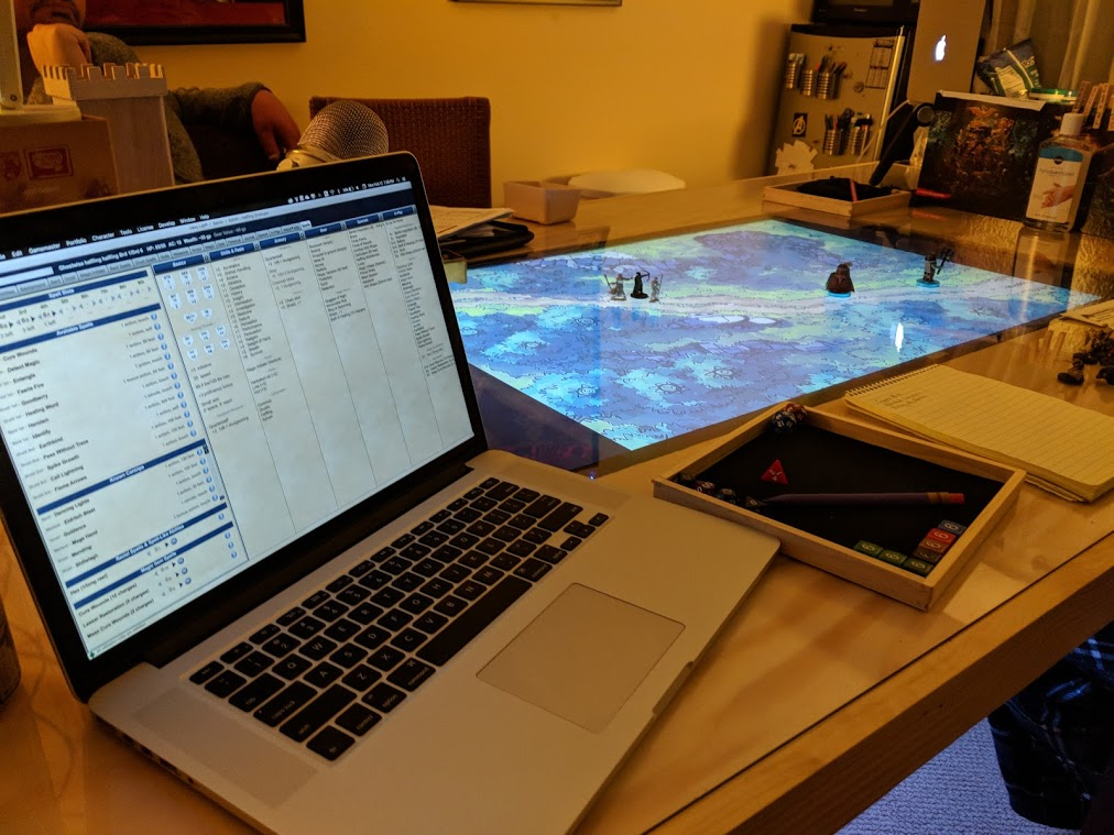 Portable Exhibition Game : Building a tabletop gaming table nerds on earth